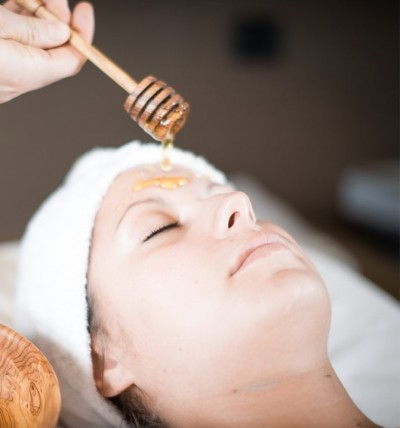 Facial treatmentsBeauty and Massages